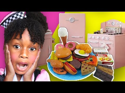 Elli Pretend Plays in Cute Pink Kitchen Restaurant ! Toys and Colors Cooking w/ Kids Food Playset