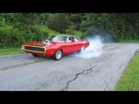 1970 Blown Hemi Charger Burnout