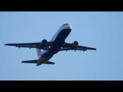 Soundscape: Monarch 1254 to Barcelona A320 take off