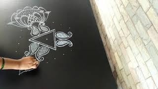 Easy rangoli design..dotted freehand design..7 to 4 dots..flower kolam..