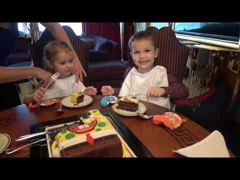 Дубаи #9 День Рождения Макса едем на Феррари в Ферари Ворлд Абу Даби Ferrari World Abu Dabi - Как поздравить с Днем Рождения