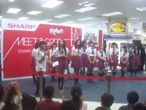[fancam] JKT48 @ Senayan City 2012 part 1 [20120304]