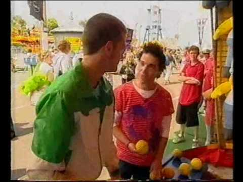 2005 Anthony Callea cohosts Video Hits with Axel Whitehead from Luna Park