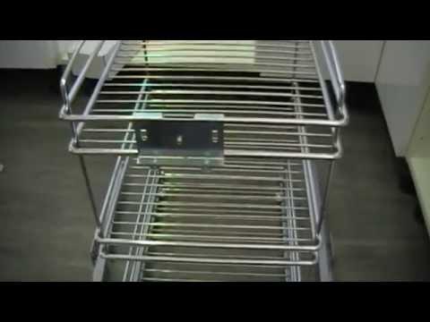 Como instalar unas cestas extraibles para muebles de for Muebles con cestas