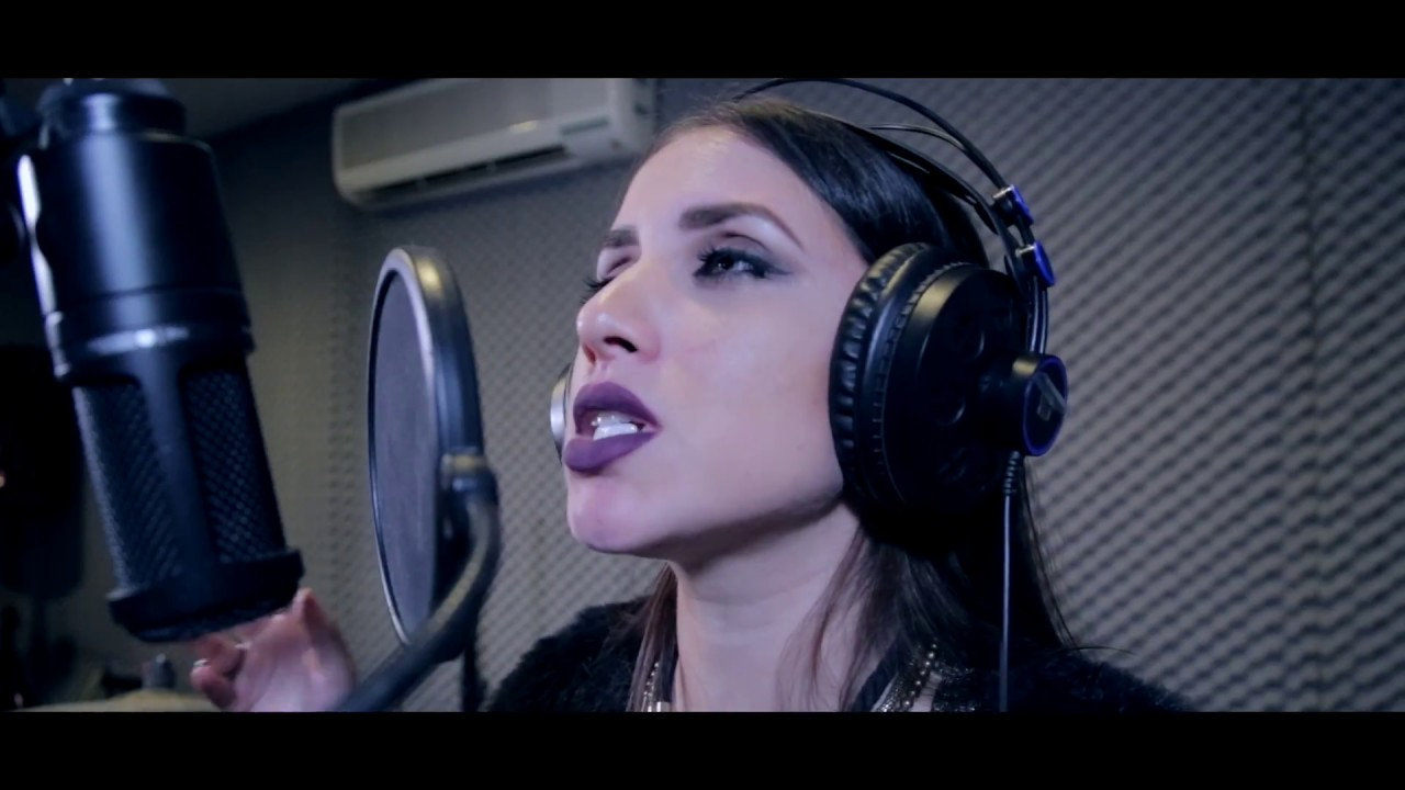 Sia - Chandelier (Elena de María cover) - YouTube