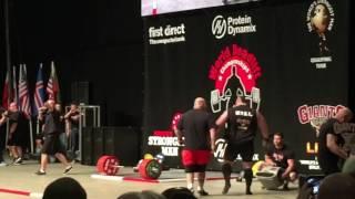 eddie hall 500kg deadlift world record