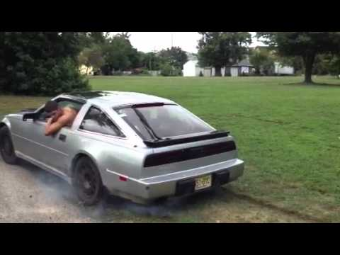 My 1988 nissan 300zx burnout - YouTube