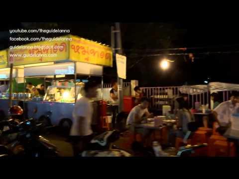 เดินเล่น ถนนหลังมอ ย่านของกินยามดึกของเด็ก มช ร้านอาหารเยอะมาก Street food Chiangmai Thailand