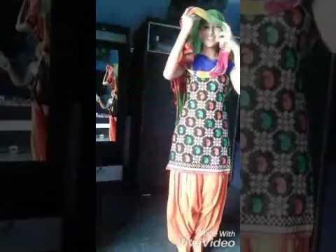 Sunny leyon hot dance