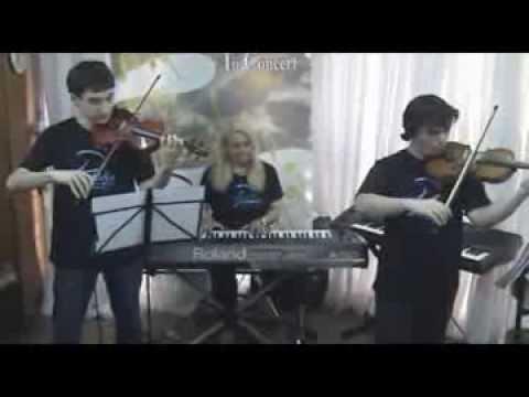 Happy Christmas   Violinos & Piano   Prelúdio In Concert/Natal 2013