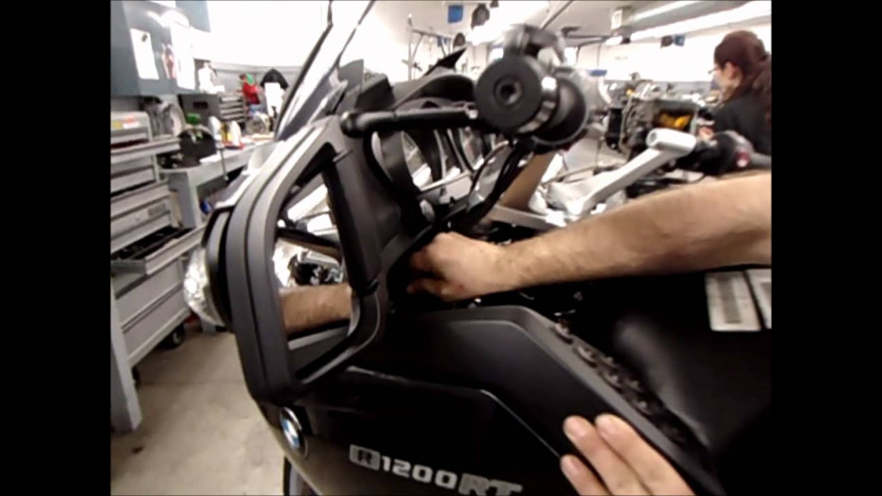 max bmw garage r1200rt body panel removal and installation [ 1280 x 720 Pixel ]