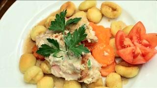 Куриные рулетики с ветчиной, творогом и медовой морковкой