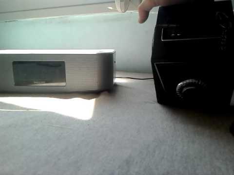PHILIPS speaker  vs music box