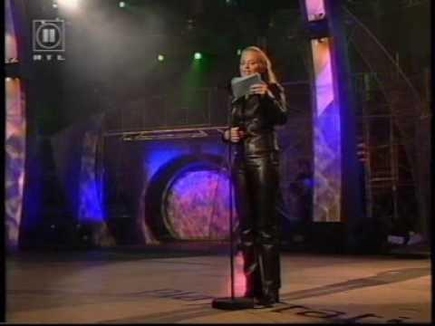 Geri Halliwell Speaking German indir
