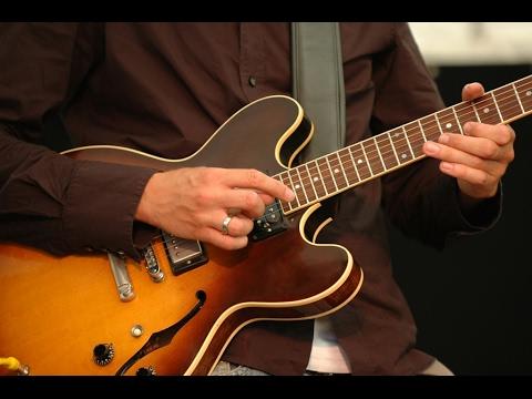 Kehidupan God Bless Tutorial Guitar Gitar Distorsi Seperti Asli