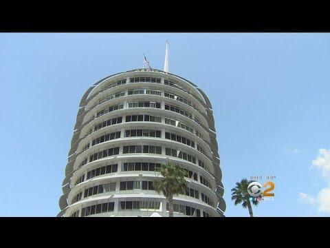 Hundreds Get Rare Glimpse Inside Capitol Records Tower