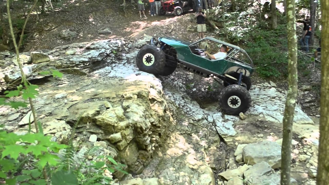 Rock Crawling With Wide Open Design Youtube