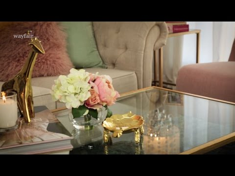 5 Ways to Style a Coffee Table