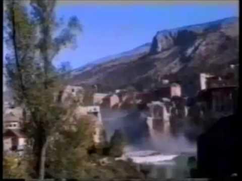 Agresija Hrvatske na BiH - Rušenje Starog mosta u Mostaru 09.11.1993.