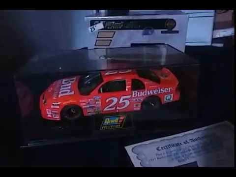 NASCAR DIECAST REVIEWS: 1997 Ricky Craven #25 Budweiser Chevrolet Monte Carlo review