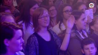 Rode Neuzen Dag: Niels & Wiels - Hey Pa (live bij Q)