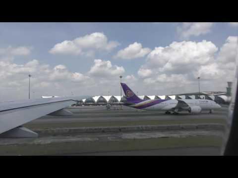 Thai Airways Boeing 777-300 Economy Class Flight Experience: TG628 Bangkok to Hong Kong