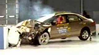 Crash Test 2003 - 2007 Honda Accord / Inspire (Frontal Offset) IIHS