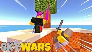 Playing SKYWARS on Roblox French studio