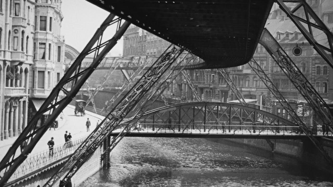 The Flying Train (1902) | MoMA FILM VAULT SUMMER CAMP