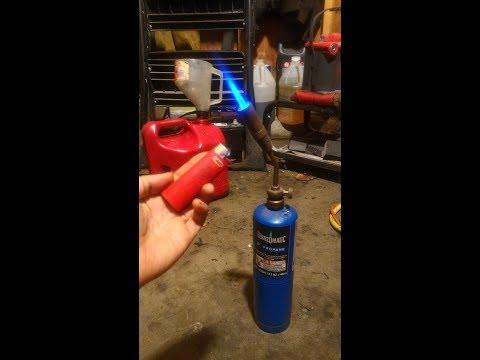 Never buy spark plugs again?? Clean a dirty spark plug easy