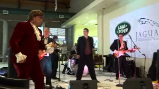 Secret Agent Man (Johnny Rivers cover) - Johnny and The Spinsations with Austin Powers