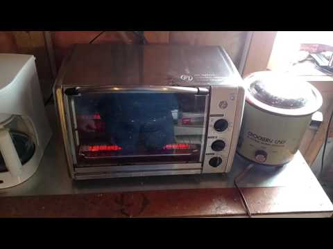 Cooking with a toaster oven on battery power