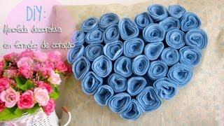 Almofada decorativa em formato de coração de flores
