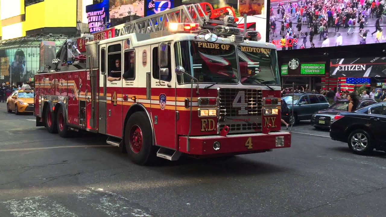 Fdny Ladder 4 Responding With A Bit Of Air Horn On 7th Ave