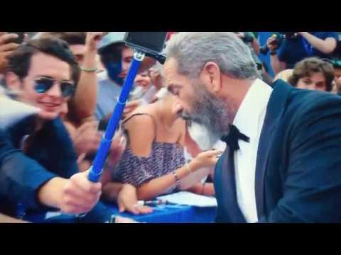Mel Gibson Hacksaw Ridge Red Carpet