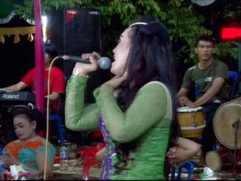 Bojo galak - elia sanjaya - cs.sangkuriang live in lobang gedong