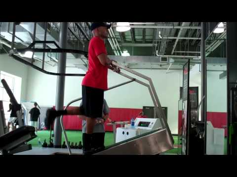 David Dawson preparing for 2011 NFL season.mp4