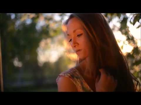 Ben Harper~She's Only Happy In The Sun~Lyrics