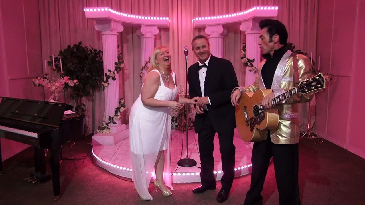 Roger and diane39s elvis wedding on april 17 2017 at a for Elvis wedding chapel las vegas
