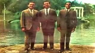 HINOS ANTIGOS  -  OZÉIAS DE PAULA, OTONIEL E OZIEL  Oásis Do Amor CD Completo