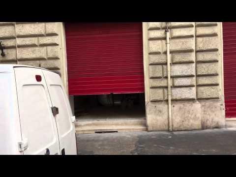 Cantieri senza insegne a Via Cavour