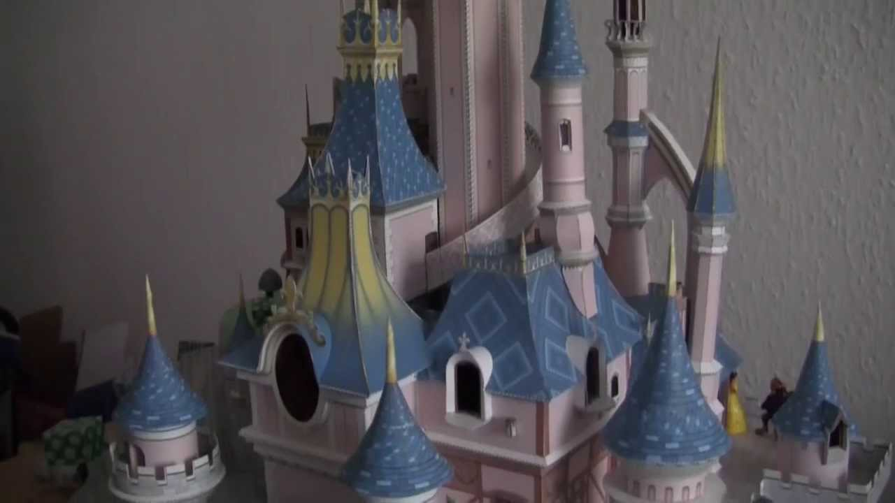 Papercraft Sleeping Beauty´s Castle Paper Model illuminated