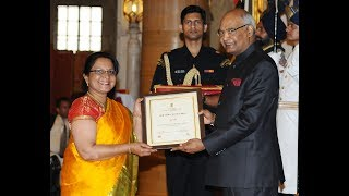 President Kovind presents the Nari Shakti Puraskar on International Women's Day