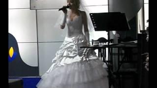Алексеева Елизавета у невесты очень красивый голос...РЫБНИЦА,МОЛДОВА,31.08.2012