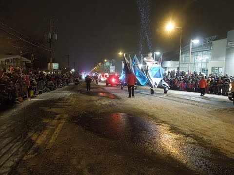 Carnaval de Québec 2017-Défilé de nuit de Charlesbourg (1de2)/Night Parade winter carnival
