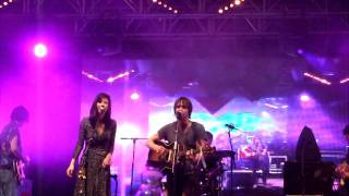 Emmy the Great & Tim Wheeler performing at Glastonbury 2011 YouTube Videos