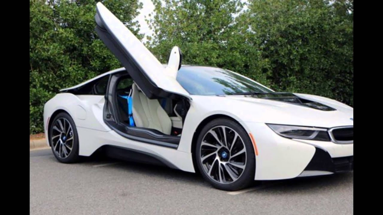 2016 BMW I8 Crystal White Pearl Metallic With Frozen Blue Accent