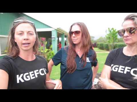 Hawaii locals band together to help flood victims on Kauai