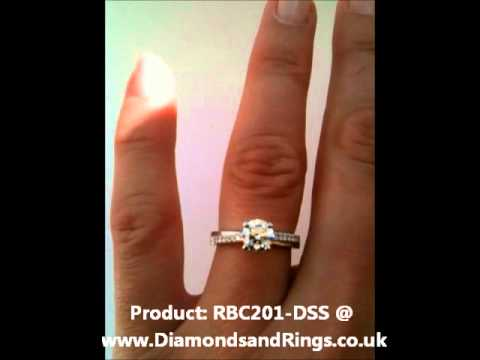 De Beers Promise Style Diamond Engagement Ring