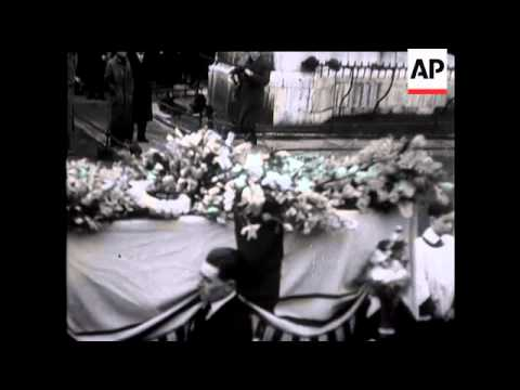 Final tributes to a Great Statesman - the funeral of Sir Austen Chamberlain.